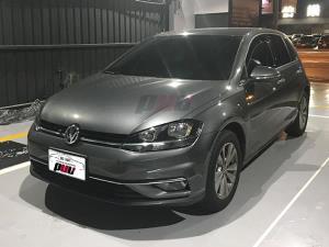 """影片連結 <a href=""""https://www.youtube.com/watch?v=XrhqT80ZiaY&list=PLQChVxMKZfpwE-oj8qTEYE0M1dzvrRy4O&t=52s&index=1"""" target=""""_blank"""">2017 Volkswagen Golf 7.5代 升級 SIMTEC 3向EVE盲視系統 & GPS 導航</a>"""