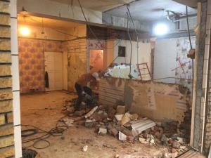 台北隔間磚牆打除、窗加大、廁所牆面地面見底、樓板開洞