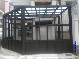 咖啡砂色玻璃屋