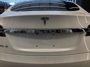 Tesla汽車美容