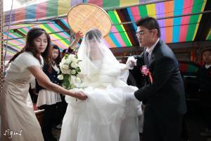 新娘準備出嫁