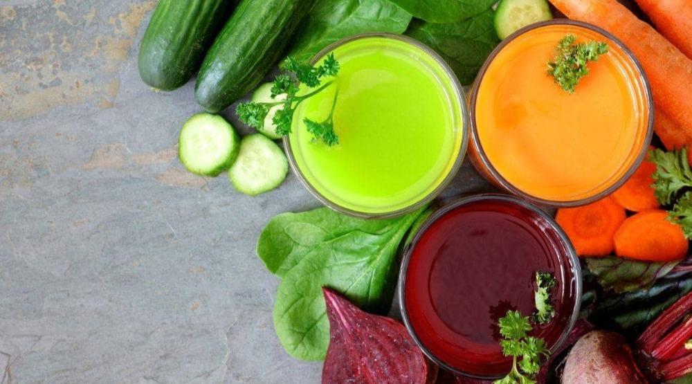 蔬果汁能幫助人體排毒,是斷食的良伴。