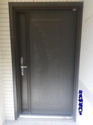 摺疊式紗門