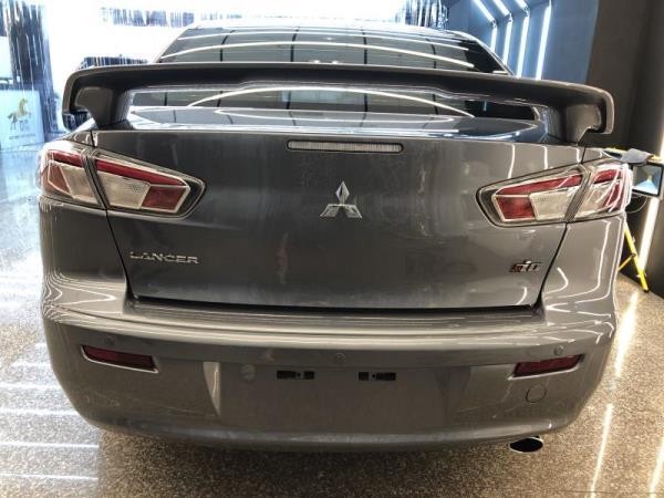 三菱汽車鍍膜