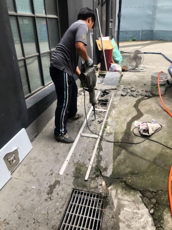 排水溝防漏施工