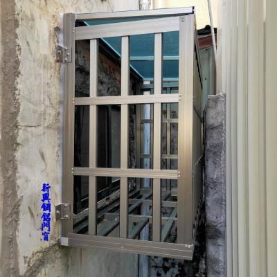 香檳色鋁穿梭管防盜凸窗