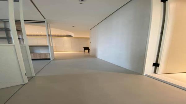 卡多泥創意地坪水泥灰鍍膜款(平光) 卡多泥壁材塗裝水泥灰(霧面) 居家空間施工前後對照圖