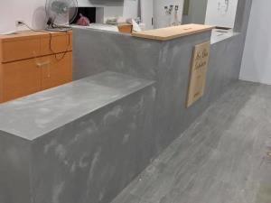卡多泥創意壁材櫃體施做-混色抽象創意