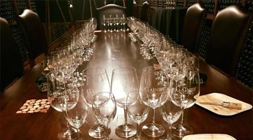 大宅酒窖 在這個星期三,四拜訪了美國加州聖塔芭芭拉的二個葡酒產區,因為他們特殊的地形氣候日夜溫差變化,所以專以生產 「夏多內和黑皮諾」聞名!
