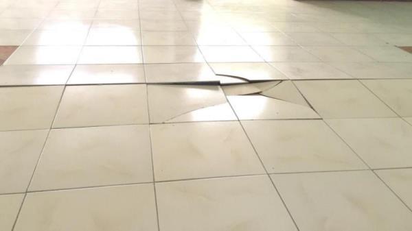只要磁磚黏著工法做得確實,就能有效預防磁磚膨拱破裂