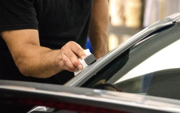 鈑金烤漆後,建議搭配鍍膜為車漆多加一層防護