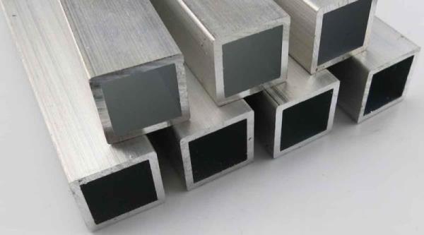 採光罩常用材質之一-鋁製方管(鋁合金)