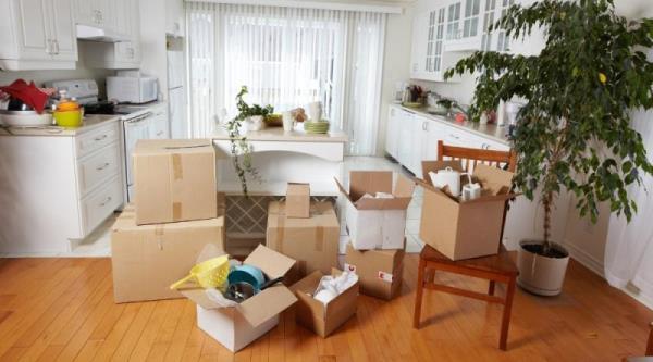 房子遷出後要即時做搬家清潔處理,避免讓灰塵及汙垢深根定居
