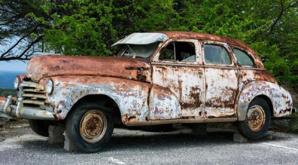 若鈑金或汽車烤漆病入膏肓,直接回原廠處理可能比較快