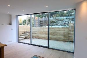 如何選擇的合適的鋁門窗?|台中洪福居家門窗行