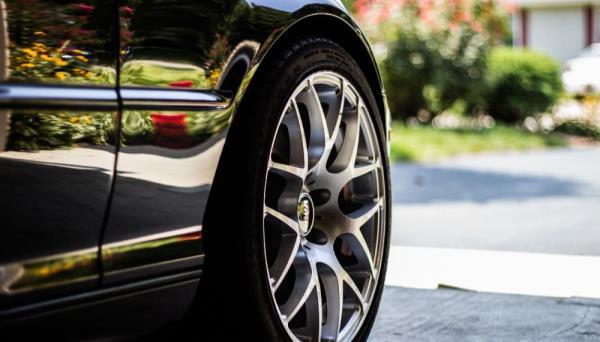 汽車輪胎更換,穩定行駛不打滑