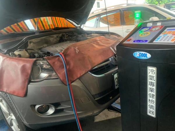 汽車定保檢測|汽車冷氣專業健檢儀器