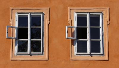 換玻璃要根據環境及需求,選用玻璃材質|台中洪福居家門窗行