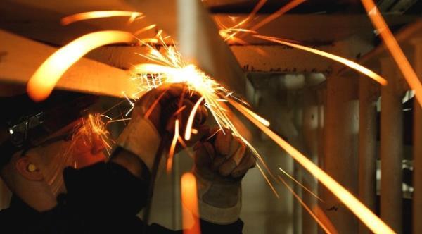 臨時技術工-電焊工 方仕美人力派遣公司