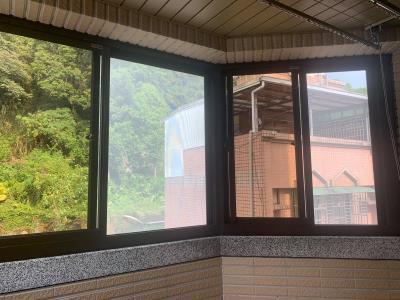 鋁門窗更換快速又環保,就靠乾式施工法! 家家門窗工程行-台北